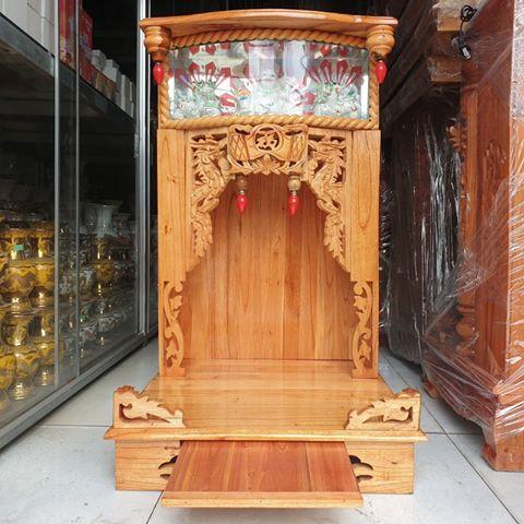 Mẫu bàn thờ có thêm ngăn kéo thuận tiện