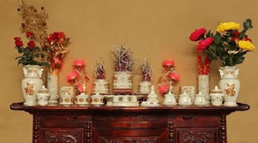 Hướng dẫn chọn hoa và cắm hoa bàn thờ đẹp và chuẩn nhất