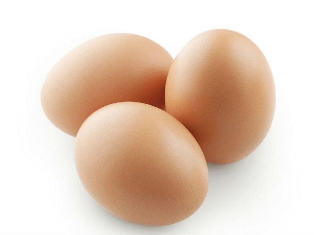 Dùng ba quả trứng gà để xin số đánh đề