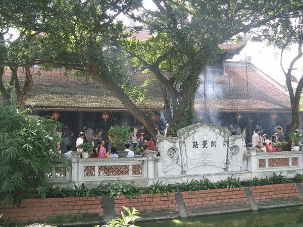 Ngôi chùa linh thiêng bậc nhất ở Hà Nội khi cầu duyên