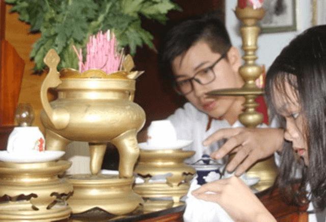 Những điều kiêng kỵ bạn cần biết khi lau dọn bàn thờ tránh gặp xui xẻo