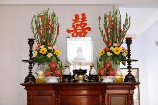 Loài hoa không nên đặt trên bàn thờ gia tiên